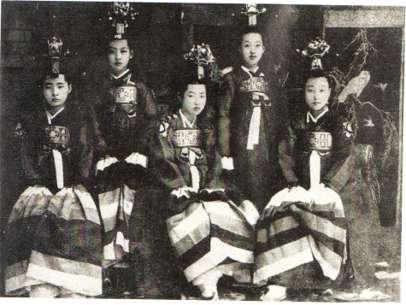 الكيسينغ النسخة الكورية من الجيشا,أنيدرا